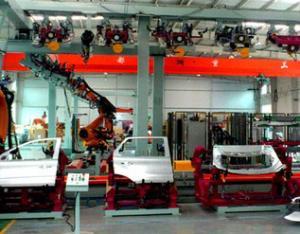 门盖机器人涂胶生产线2