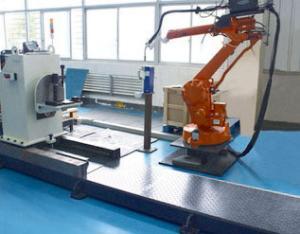 平衡梁机器人搬运系统