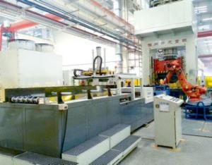 热压板搬运系统