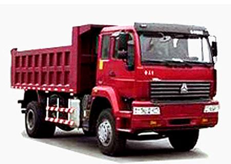 自卸车采用德国man技术l2000驾驶室