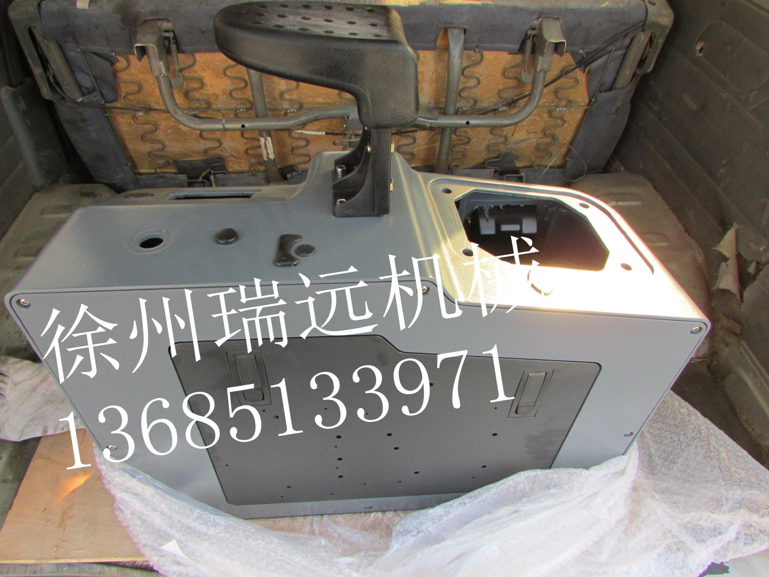 ZL50G操纵箱(两联临海408-X-1单手柄)2521001611