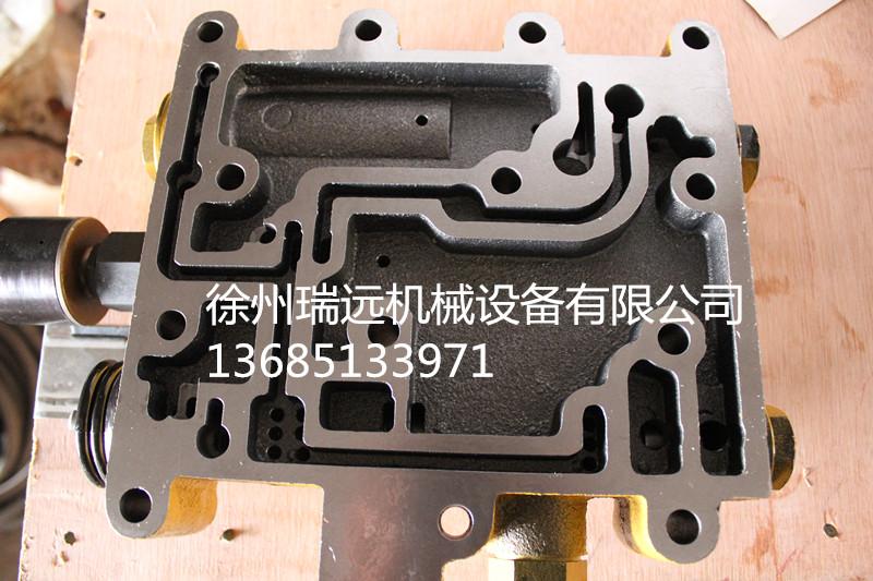 徐工变速操纵阀总成(250200147)