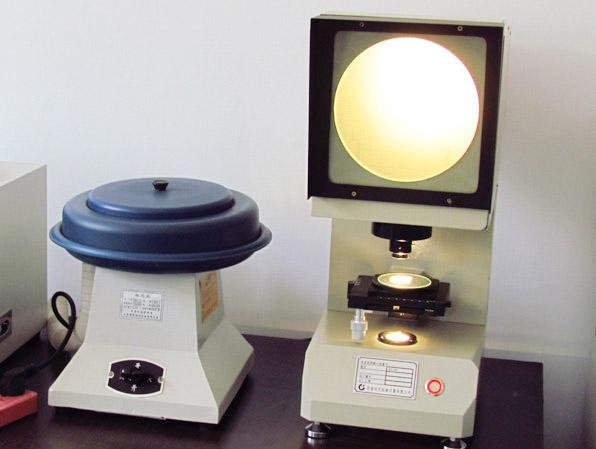V型缺口投影仪